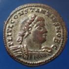 Photo numismatique  Monnaies Empire Romain Constantius II, Constance II Follis ou Nummus CONSTANTIUS II, CONSTANCE II, nummus Alexandrie en 333-335, Gloria Exercitus, 18mm, 2,59 grms, RIC.60 Q.SUP beaux restes d'argenture!