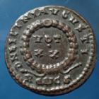 Photo numismatique  Monnaies Empire Romain LICINIUS I, LICINIO I,  Follis ou Nummus LICINIUS I, Nummus Roma en 320 - 321, DN LICINI AUGUSTI / VOT XX, 18mm, 2,98 grms, RIC.228 R3! SUPERBE+ R!