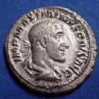 Photo numismatique  Monnaies Empire Romain Maximinus I Thrax, Maximin I le Thrace Denier, denar, denario, denarius MAXIMINUS I Thrax, MAXIMIN Ier le Thrace, denier Rome en 236, PM TR P II COS PP, 20mm, 2,33 grms, RIC.3 P.TTB