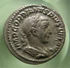 Photo numismatique  Monnaies Empire Romain GORDIEN III, GORDIAN III, GORDIANUS III, GORDIANO III Denier, denar, denario, denarius GORDIANNUS, GORDIEN III, Denier frappé à Rome en 241, Iovis stator, RIC.112 SUPERBE