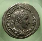 Photo numismatique  Monnaies Empire Romain GORDIEN III, GORDIAN III, GORDIANUS III, GORDIANO III Denier, denar, denario, denarius GORDIANNUS, GORDIEN III, Denier frappé à Rome en 241, Aeternitati aug, RIC 111 TTB+