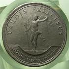 Photo numismatique  Monnaies Médailles Louis XIV Médaille Médaille en étain LOUIS XIV, 1697, J.MAUGER.F, Médaille en étain 40mm, TAEDIS FELICIBUS ( Burgundiae ), TTB