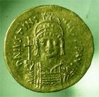 Photo numismatique  Monnaies Monnaies Byzantines 6ème siècle Solidus, solidii IUSTINIANUS I, JUSTINIEN Ier, solidus frappé à Constantinople, victoria auggg, 4.48 grammes, S.139 TTB+