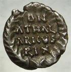 Photo numismatique  Monnaies Peuples Barbares Ostrogoth 1/4 de silique, quart de silique OSTROGOTH, ATHALARIC, Italie Ravenne, 526.534, 1/4 de silique, 0,64 grammes, MEC.127 TTB+