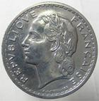 Photo numismatique  Monnaies Monnaies Françaises Gouvernement Provisoire 5 Francs 5 Francs lavrillier 1946 C, Aluminium, G.761a néttoyé sinon TTB+
