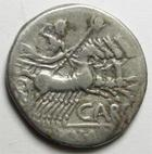 Photo numismatique  Monnaies République Romaine Papiria 121 avant Jc Denier, denar, denario, denarius PAPIRIUS CARBO, Denier 121 avant Jc, tête casquée de Rome,Jupiter consuisant un quadrige, 3.80 grammes, RSC.Papiria 7 TTB