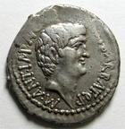 Photo numismatique  Monnaies République Romaine Marcus Antonius, Octavianus, 40 avant Jc Denier, denar, denario, denarius MARCUS ANTONIUS, OCTAVIANUS, MARC ANTOINE ET OCTAVE, denier, 40.39 avant Jc, écrasement à 12h00 sinon très beaux portraits!!!, légende BARBAT, TTB+