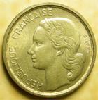 Photo numismatique  Monnaies Monnaies Françaises 4ème république 10 Francs 10 francs Guiraud 1951 B, G.812 TTB à SUPERBE