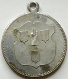 Photo numismatique  Monnaies Monnaies/medailles d'Alsace Ribeauvillé, Rappoltsweiler Laiton argenté RIBEAUVILLE, RAPPOLTSWEILER, 18 Juin 1899, consécration du drapeau, 29 mm, tachée sinon TTB+