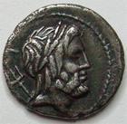 Photo numismatique  Monnaies R�publique Romaine Lucretia 136 avant jc Denier, denar, denario, denarius Cn.LUCRETIUS TRIO, Denier 136 avant Jc, Neptune et dauphin, RSC.Lucretia 4 TTB