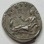 Photo numismatique  Monnaies Monnaies en dépôt vente HADRIEN, HADRIANUS, HADRIANO, HADRIAN Denier, denar, denario, denarius HADRIANUS, HADRIEN, denier, Rome en 134/138, L'Egypte allogée à gauche, RIC.297 TTB à SUPERBE beau style!