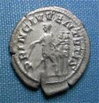 Photo numismatique  Monnaies Empire Romain 3ème Siècle MAXIME Denier MAXIME empire romain, denier frappé à Rome en 237, PRINC IVVENTUTIS, Cohen 10 TTB+