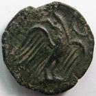 Photo numismatique  Monnaies Monnaies Gauloises Carnutes Bronze CARNUTES, Bronze lourd à l'Aigle et au croissant, 5.27 grammes, DT.2574 TB à TTB/TTB+