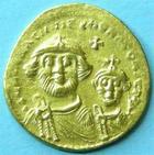 Photo numismatique  Monnaies Monnaies Byzantines 7ème siècle Solidus HERACLIUS et CONSTANTINUS, solidus, Constantinople en 613.638, Croix, 4.47 grammes, S.739 graffitis au revers sinon TTB