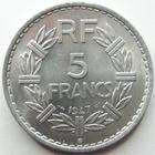 Photo numismatique  Monnaies Monnaies Françaises 4ème république 5 Francs 5 francs Lavrillier aluminium, 1947 B, G.766a légères traces sinon SUPERBE à FDC