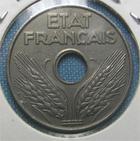 Photo numismatique  Monnaies Monnaies Françaises Etat Français 20 Cmes ETAT Français 20 Centimes FER, 1944, Gadoury 322 SUPERBE + Rare!!
