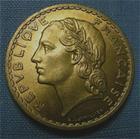 Photo numismatique  Monnaies Monnaies Françaises Gouvernement Provisoire 5 Francs 5 Francs type lavrillier, 1945 C, bronze-alu, gadoury 761a Superbe