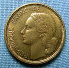 Photo numismatique  Monnaies Monnaies Françaises 4ème république 10 Francs 10 Francs type Guiraud, 1954, bronze-aluminium, Gadoury 812 TTB